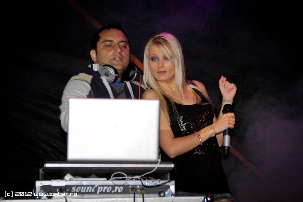 dj-rynno-sylvia-bailesti-2012-11