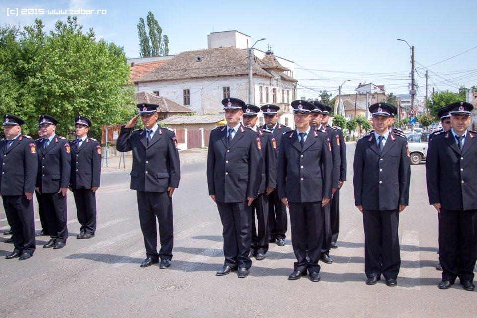 inaltare-ziua-eroilor-bailesti-2015-009.jpg