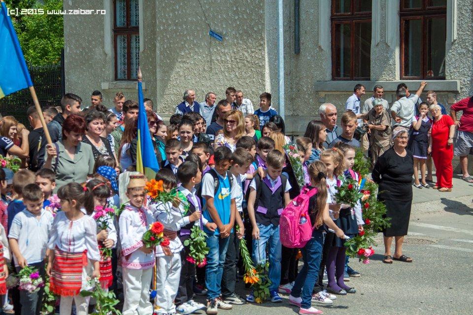 inaltare-ziua-eroilor-bailesti-2015-032.jpg