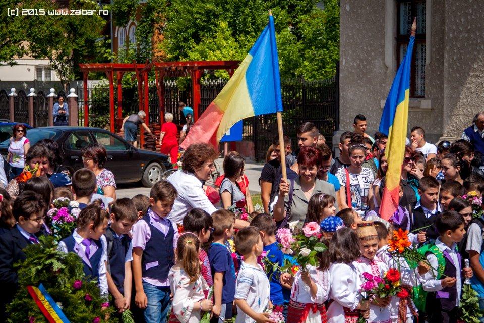 inaltare-ziua-eroilor-bailesti-2015-038.jpg
