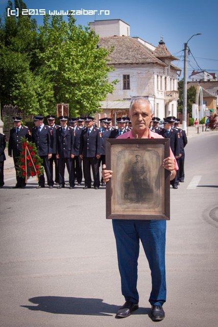 inaltare-ziua-eroilor-bailesti-2015-045.jpg