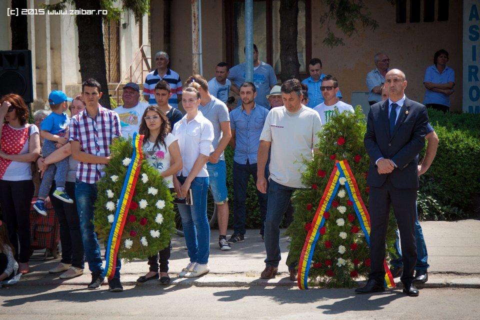 inaltare-ziua-eroilor-bailesti-2015-050.jpg