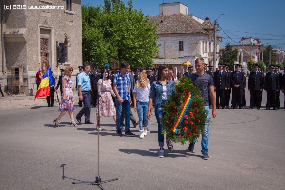 inaltare-ziua-eroilor-bailesti-2015-051.jpg