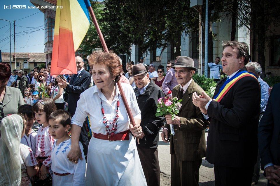 inaltare-ziua-eroilor-bailesti-2015-064.jpg