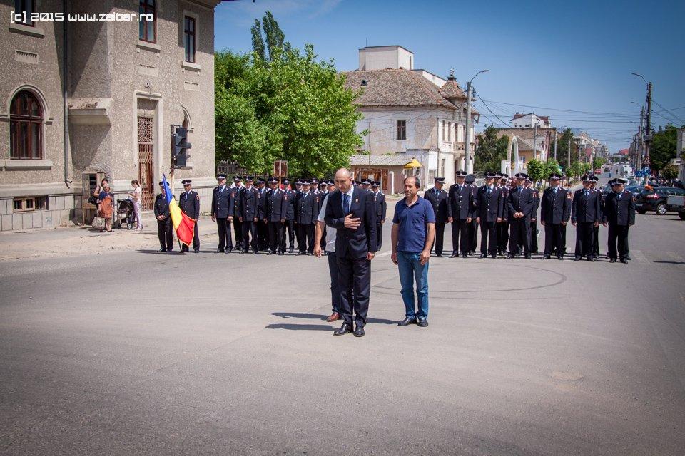 inaltare-ziua-eroilor-bailesti-2015-066.jpg