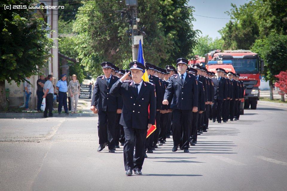 inaltare-ziua-eroilor-bailesti-2015-081.jpg