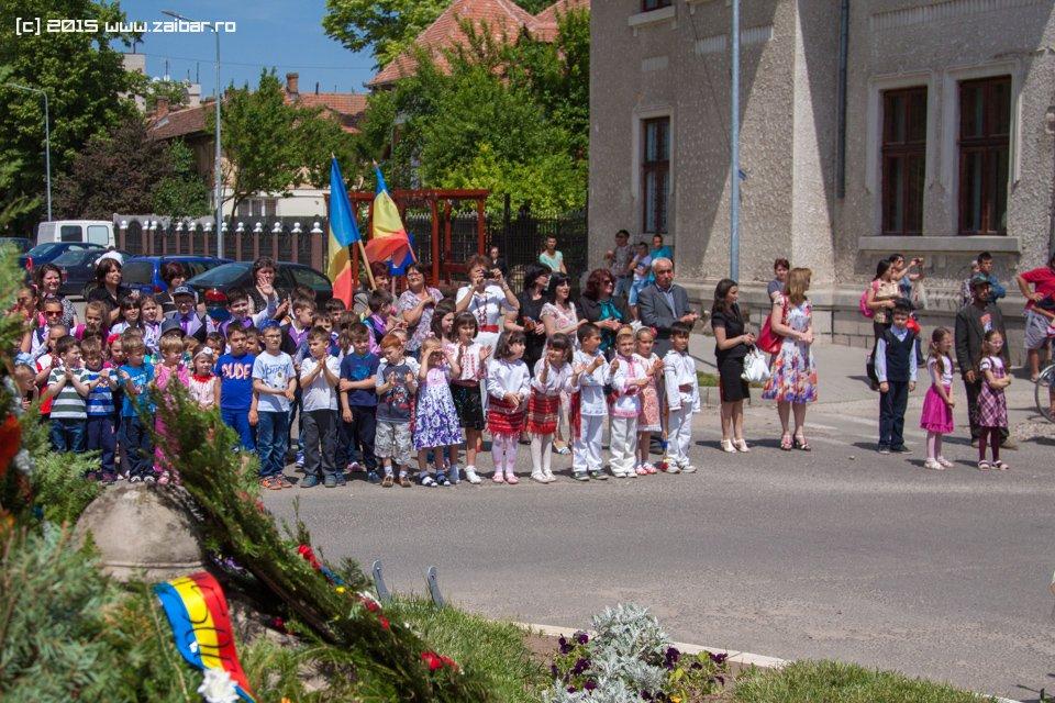inaltare-ziua-eroilor-bailesti-2015-090.jpg