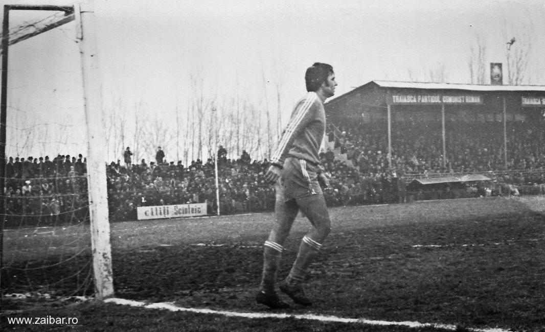 fotbal-bailesti-steaua-1981-08