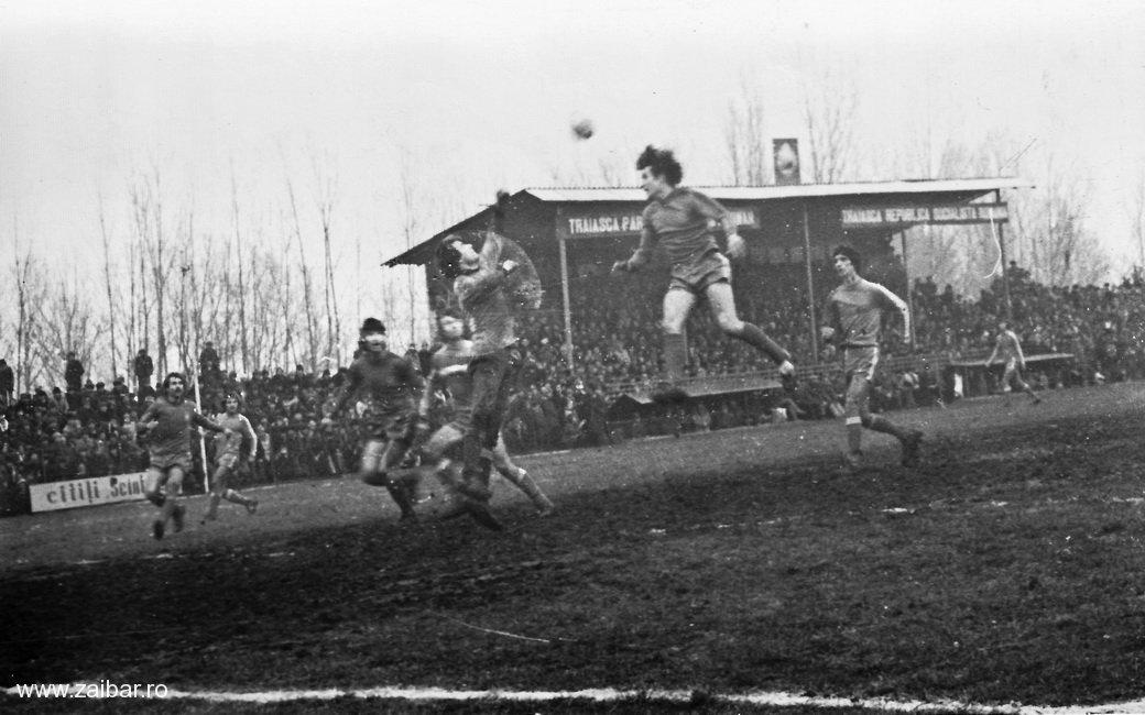 fotbal-bailesti-steaua-1981-14