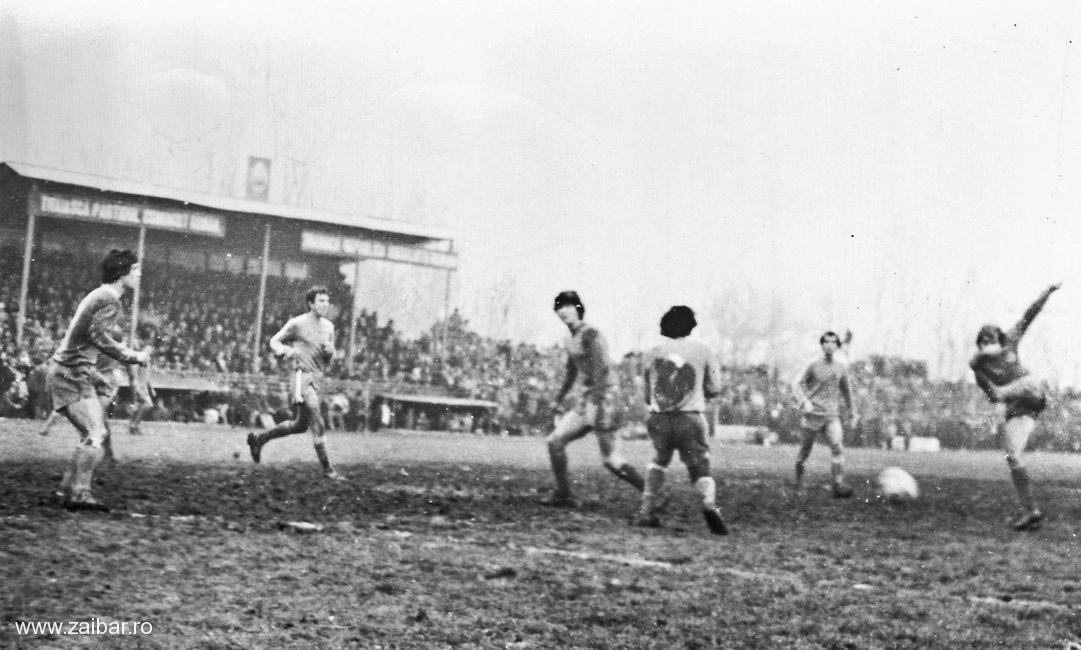 fotbal-bailesti-steaua-1981-20