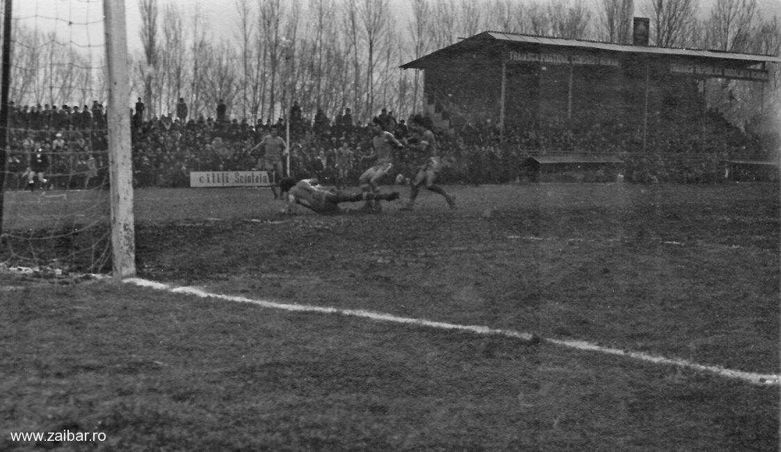 fotbal-bailesti-steaua-1981-21