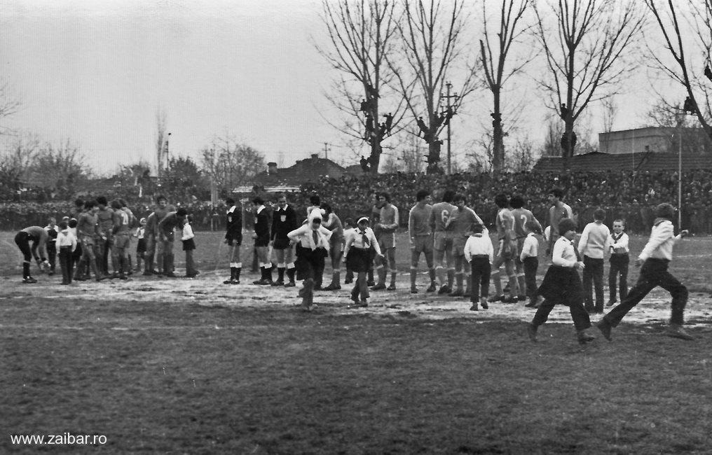 fotbal-bailesti-steaua-1981-25