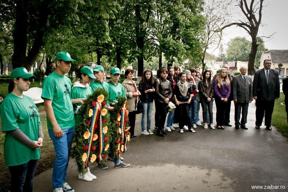 Depunere coroane Petre Ivanovici