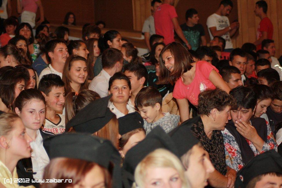 seara-absolventului-30-mai-2012-lmv-001