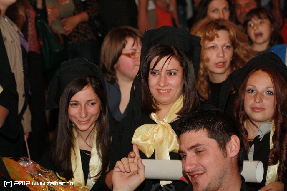seara-absolventului-30-mai-2012-lmv-013