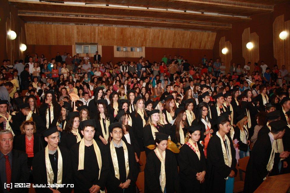 seara-absolventului-30-mai-2012-lmv-029