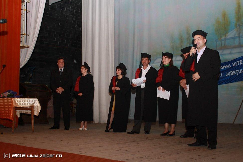 seara-absolventului-30-mai-2012-lmv-042