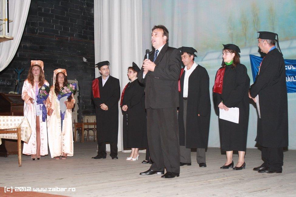 seara-absolventului-30-mai-2012-lmv-051