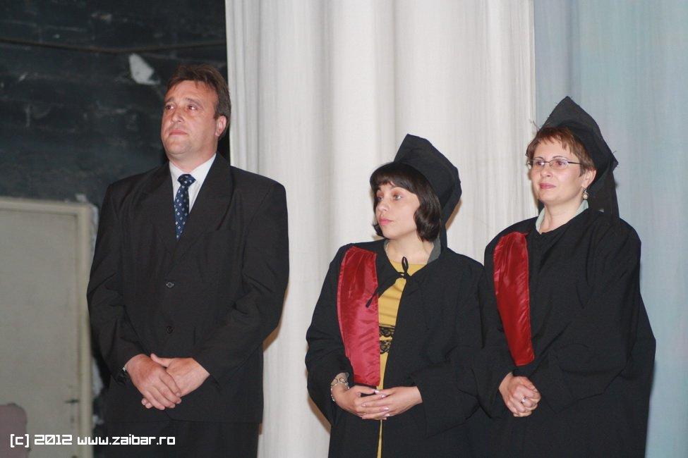 seara-absolventului-30-mai-2012-lmv-076