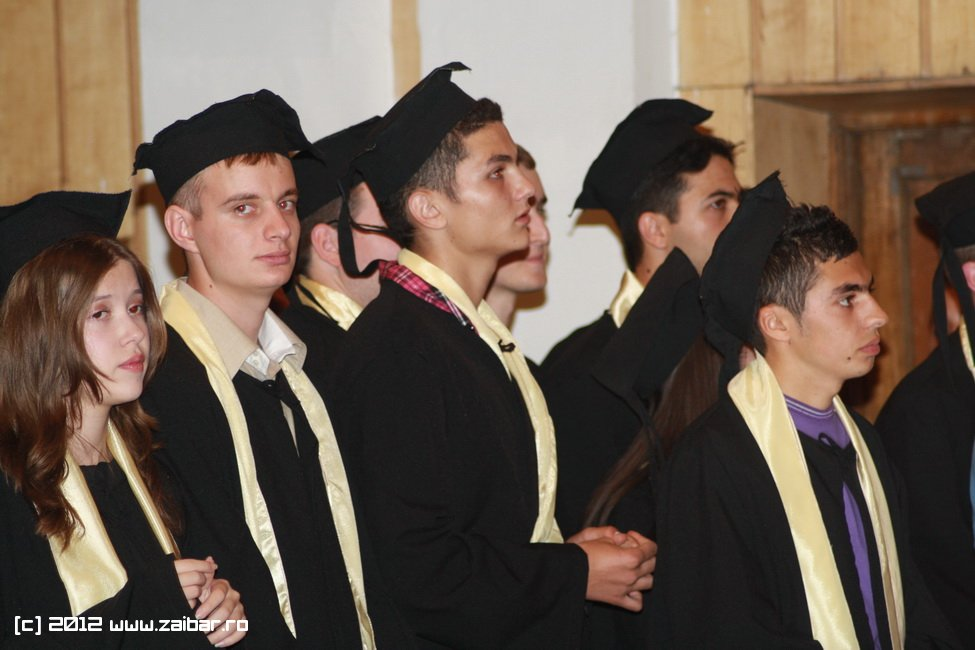 seara-absolventului-30-mai-2012-lmv-078