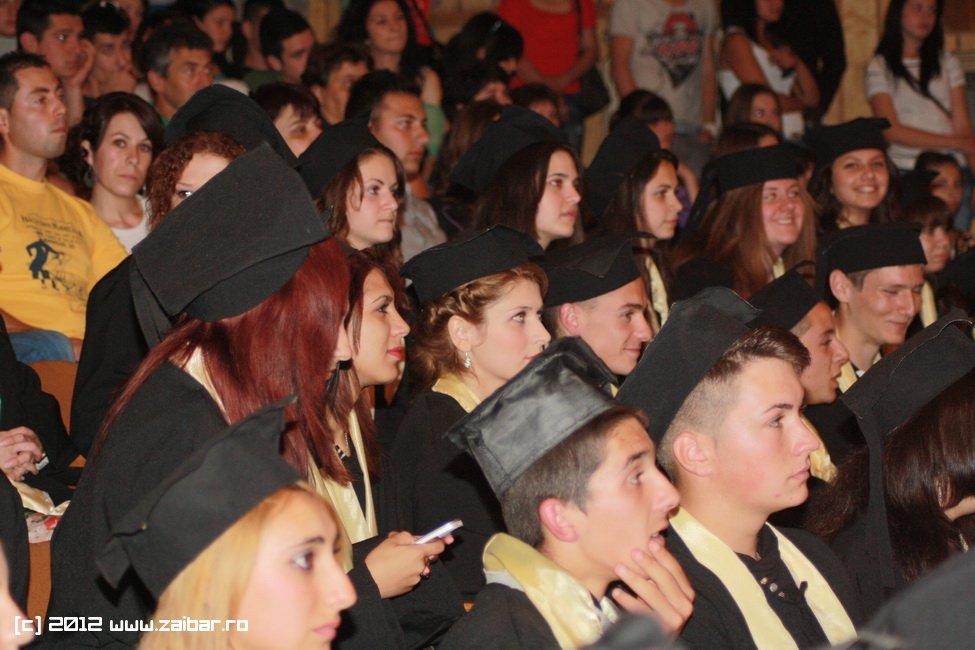 seara-absolventului-30-mai-2012-lmv-079