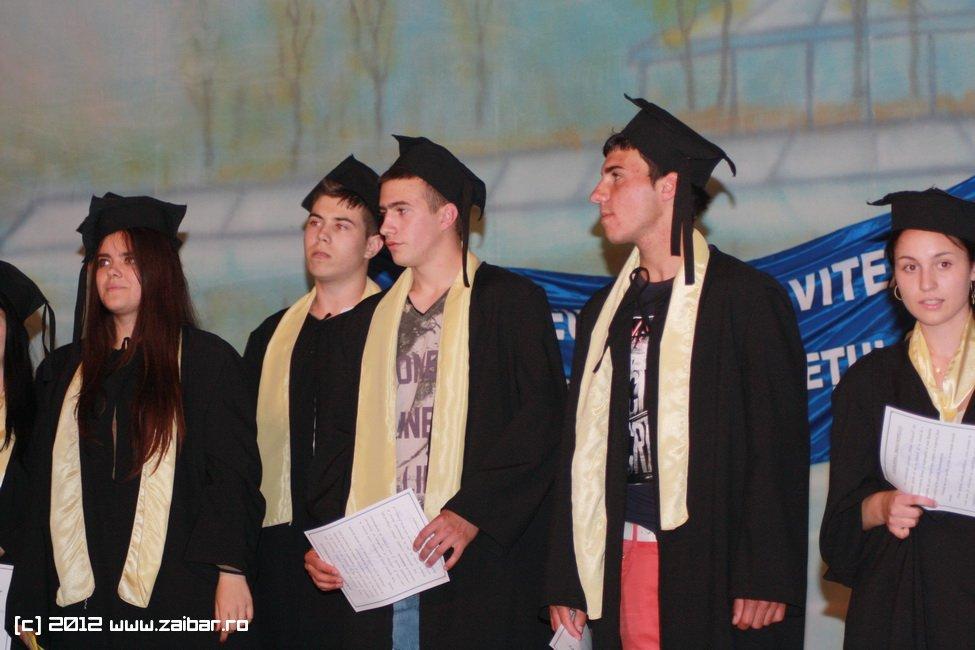 seara-absolventului-30-mai-2012-lmv-116