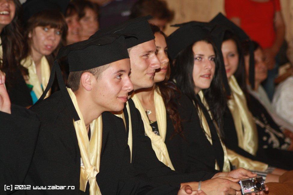 seara-absolventului-30-mai-2012-lmv-173