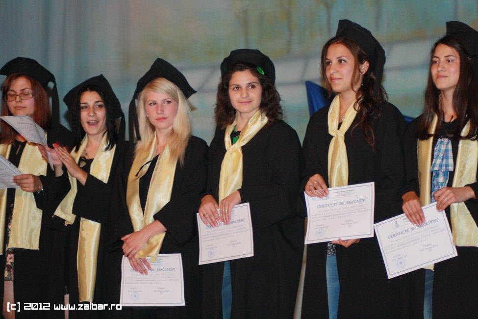 seara-absolventului-30-mai-2012-lmv-240
