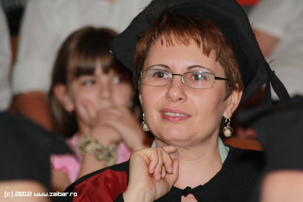 seara-absolventului-30-mai-2012-lmv-251