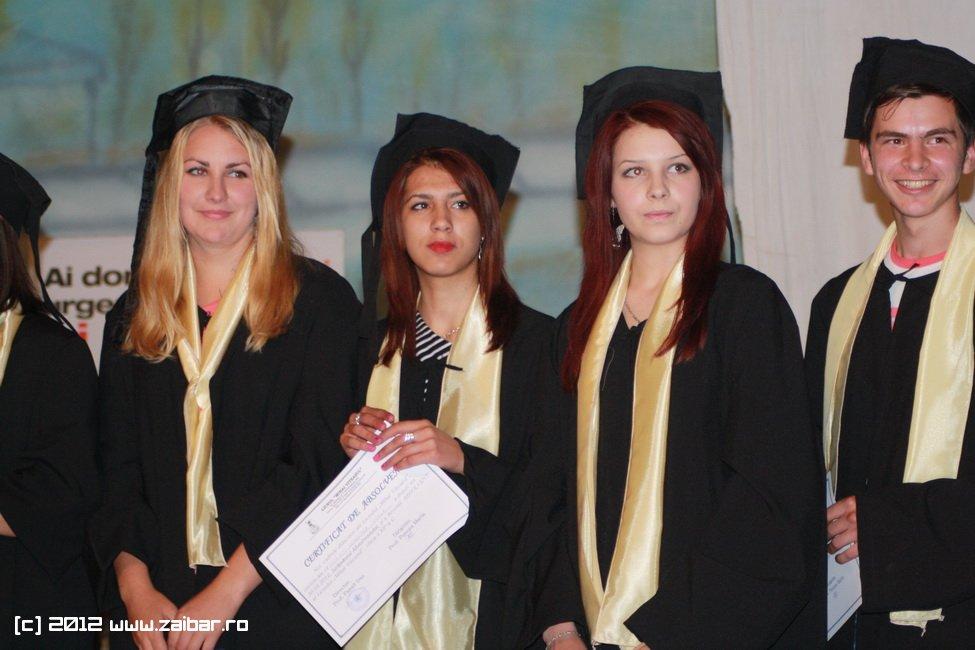 seara-absolventului-30-mai-2012-lmv-270