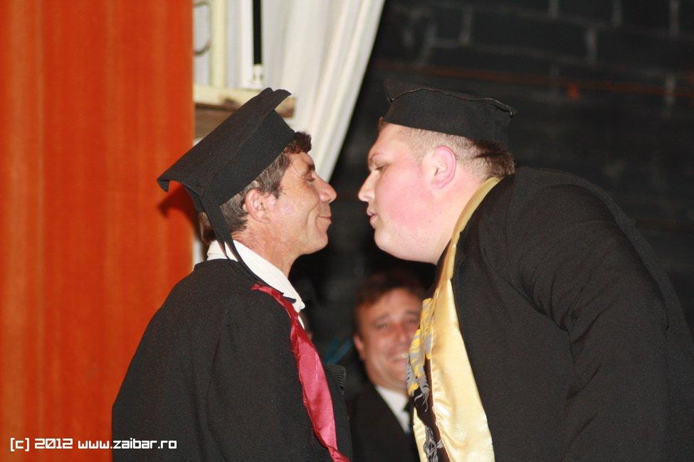 seara-absolventului-30-mai-2012-lmv-272