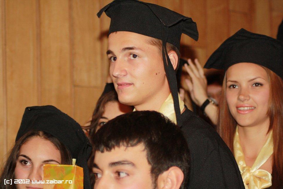 seara-absolventului-30-mai-2012-lmv-332