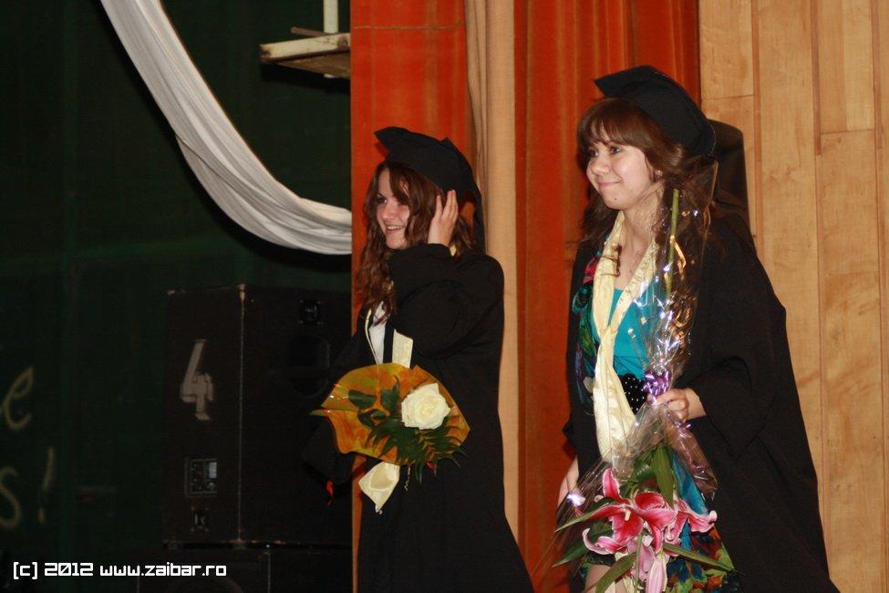 seara-absolventului-30-mai-2012-lmv-374