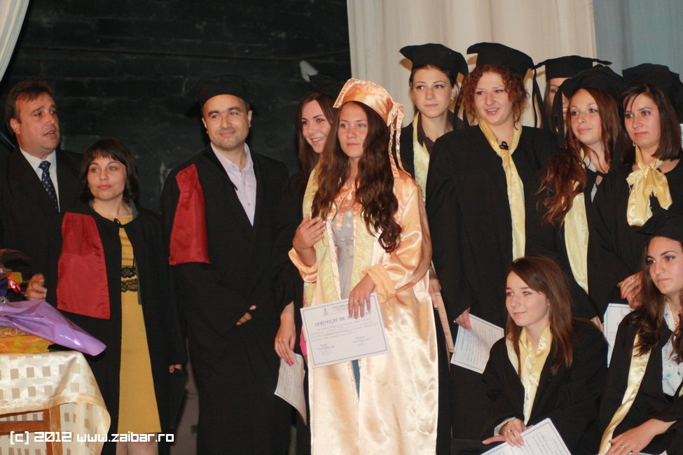 seara-absolventului-30-mai-2012-lmv-408