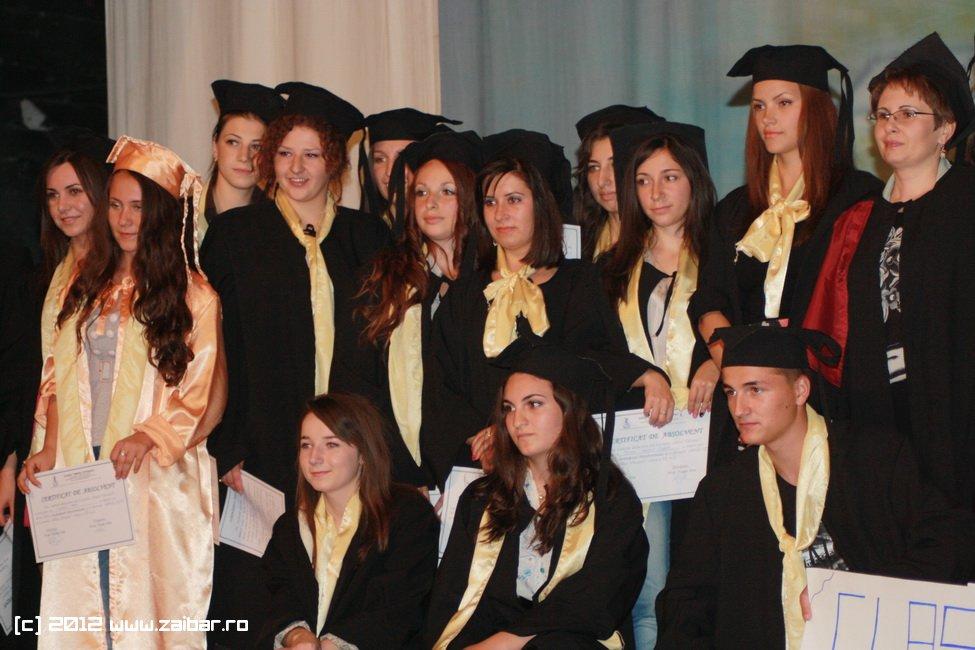 seara-absolventului-30-mai-2012-lmv-411