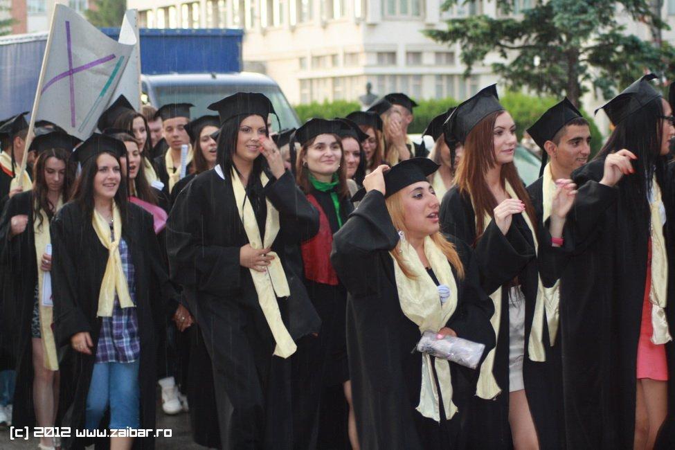 seara-absolventului-30-mai-2012-lmv-499