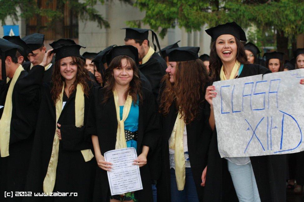 seara-absolventului-30-mai-2012-lmv-564