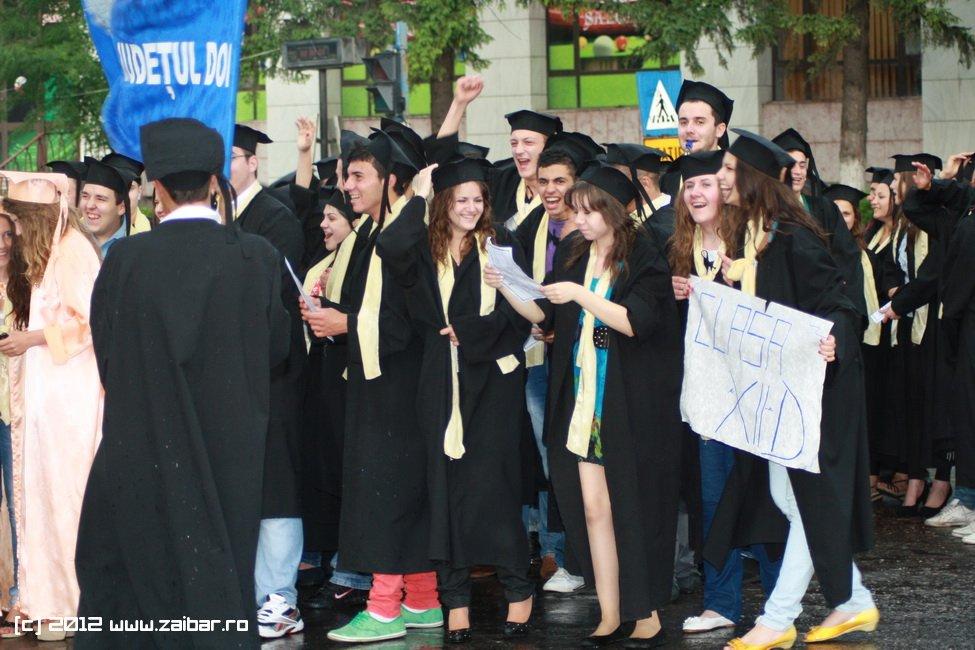 seara-absolventului-30-mai-2012-lmv-571