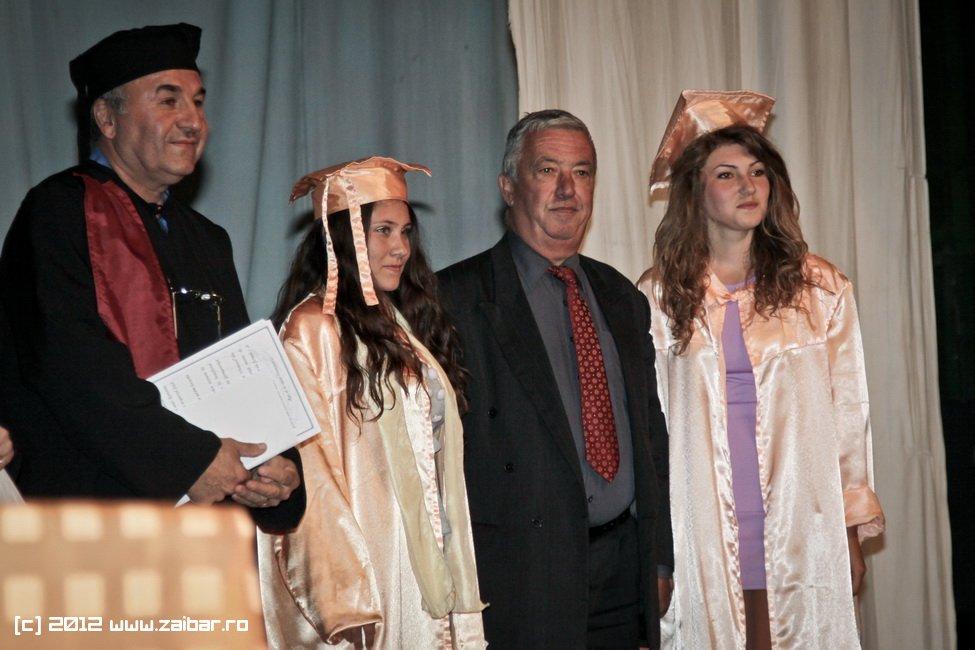 seara-absolventuli-lmv-2012-007
