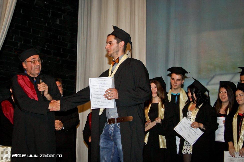 seara-absolventuli-lmv-2012-013
