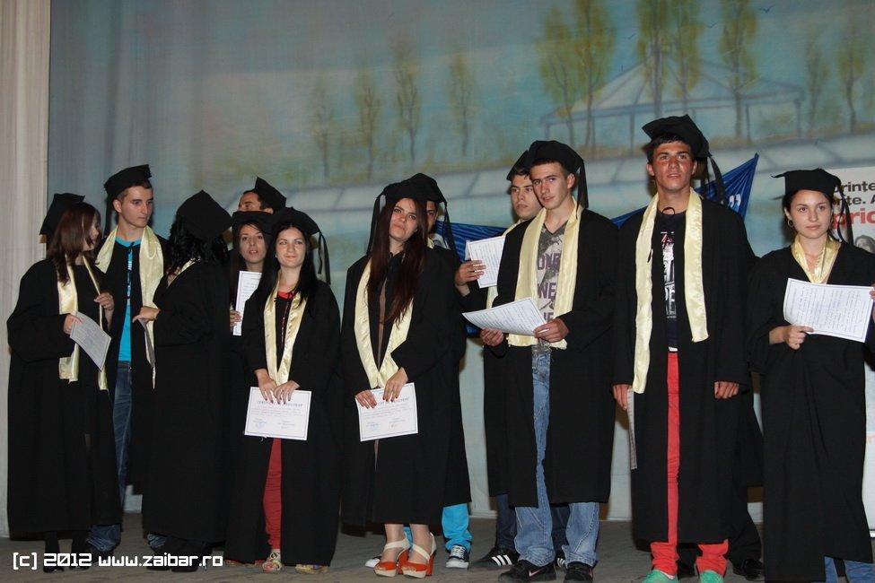 seara-absolventuli-lmv-2012-014