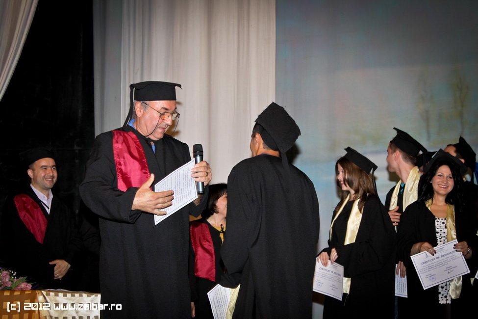 seara-absolventuli-lmv-2012-015