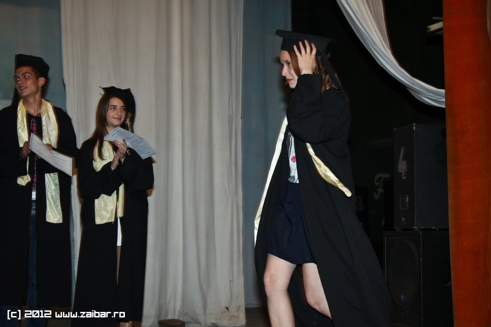 seara-absolventuli-lmv-2012-016