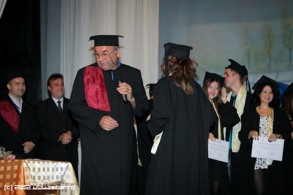 seara-absolventuli-lmv-2012-017