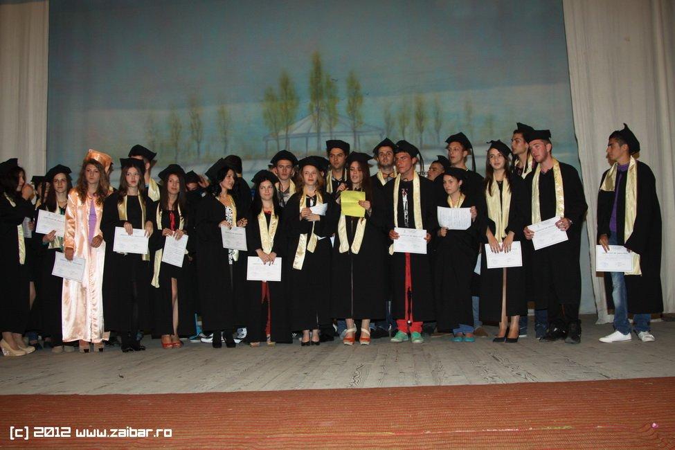 seara-absolventuli-lmv-2012-024