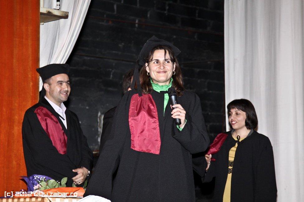 seara-absolventuli-lmv-2012-033