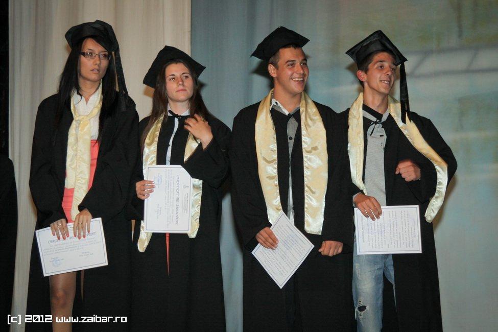 seara-absolventuli-lmv-2012-034