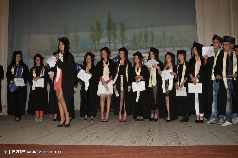 seara-absolventuli-lmv-2012-040