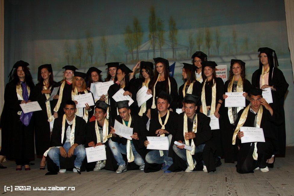 seara-absolventuli-lmv-2012-044
