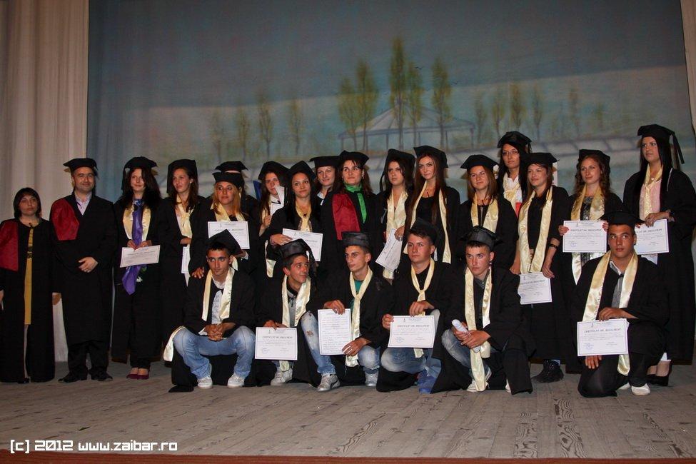 seara-absolventuli-lmv-2012-045